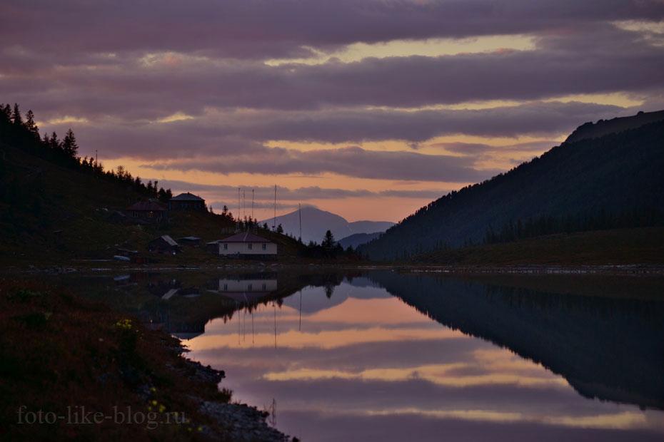 Закат на озере Ак-Кем фото
